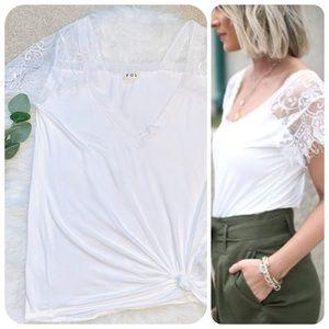 Eyelash lace sleeve white v neck tee